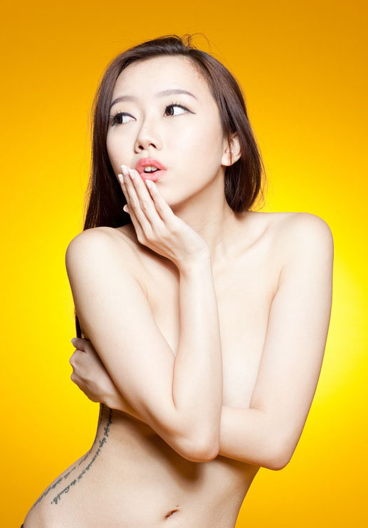 Singapore model Jocelyn Wee naked