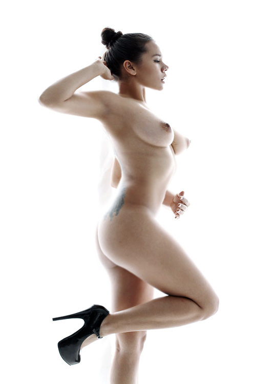 Nude-model-L.-Shima-leaked-www.ohfree.net-092 African American, German, Japanese Nude model L. Shima leaked nude photos