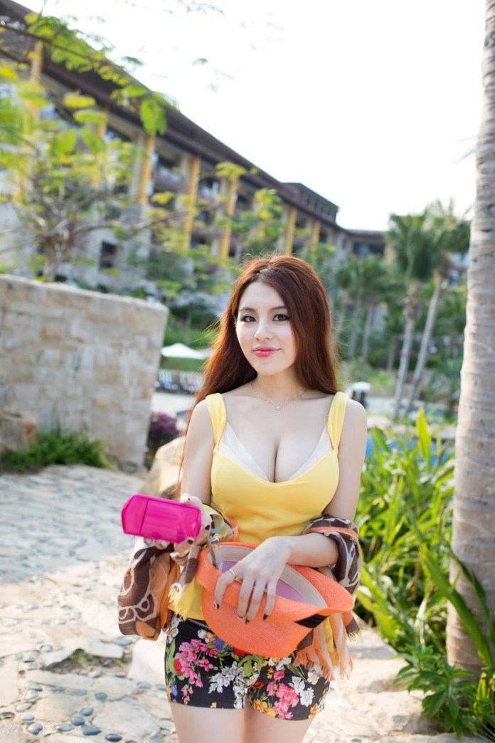 Chinese model Zhao Wei Yi 赵惟依 nude photos leaked