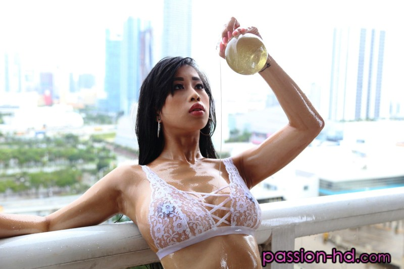 porn-starlet-Jade-Kush-leaked-nude-sexy-002-www.sexvcl.net_ Chinese American model and porn starlet Jade Kush leaked nude sexy