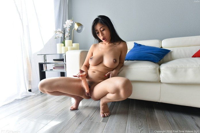 porn-starlet-Jade-Kush-leaked-nude-sexy-011-www.sexvcl.net_ Chinese American model and porn starlet Jade Kush leaked nude sexy