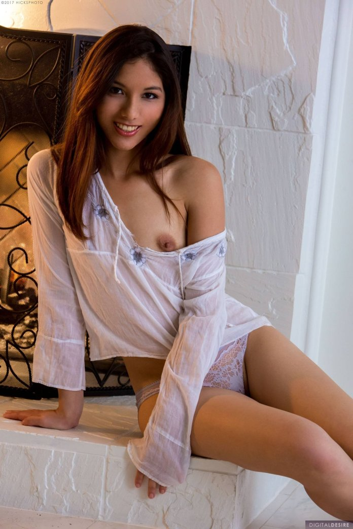 Melody-Wylde-naked-sexy-leaked-015-www.sexvcl.net_ Japanese and part Dominican pornstar Melody Wylde naked sexy leaked