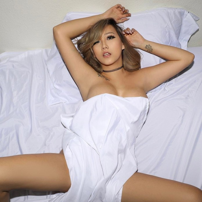 Hmong-model-Zoey-Lee-nude-sexy-leaked-www.sexvcl.net-013 Hmong model, cosplayer, gamer Zoey Lee nude sexy leaked