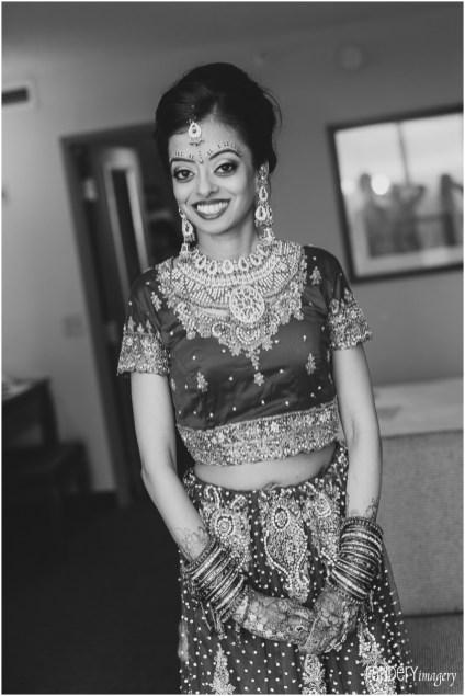 04-Anaheim-orange-county-indian-hindu-gujarati-wedding-photographer-dressing-room-details-photos
