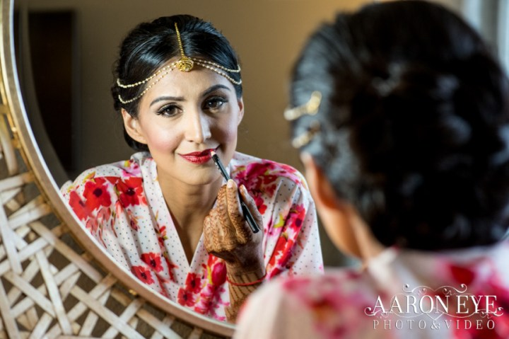 bride-dulhan-Indian-wedding-Gujarati-Jain-Hindu-South-Asian-Newport-Beach-Marriott-tikka-lehenga