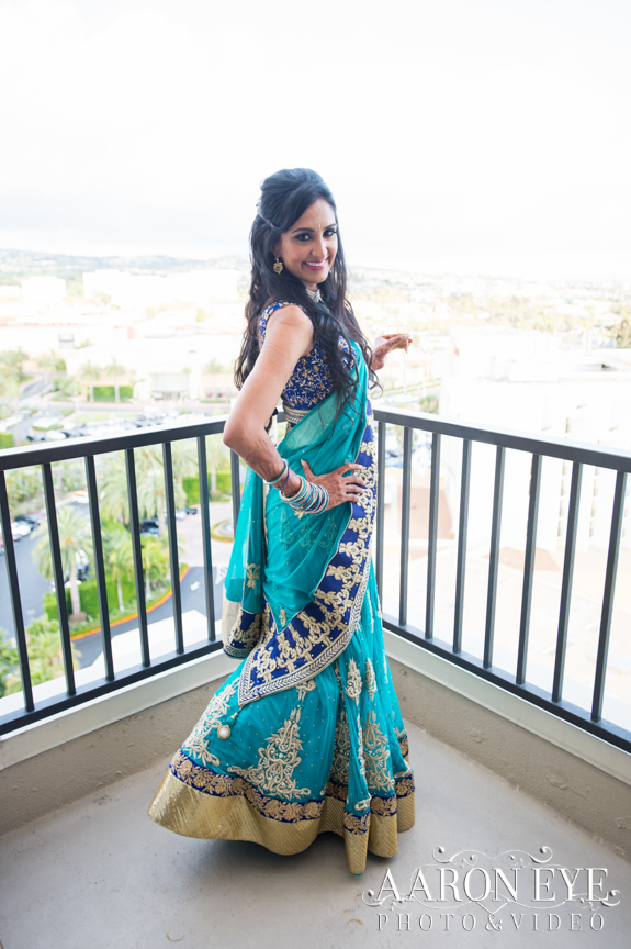 Reha-Vijay-Newport-Beach-Marriott-South-Asian-wedding-Indian_wedding-Hindu-Jain-North_Indian-bride-lehenga-balcony-Aaron-Eye-Photography-DJ-Sukh