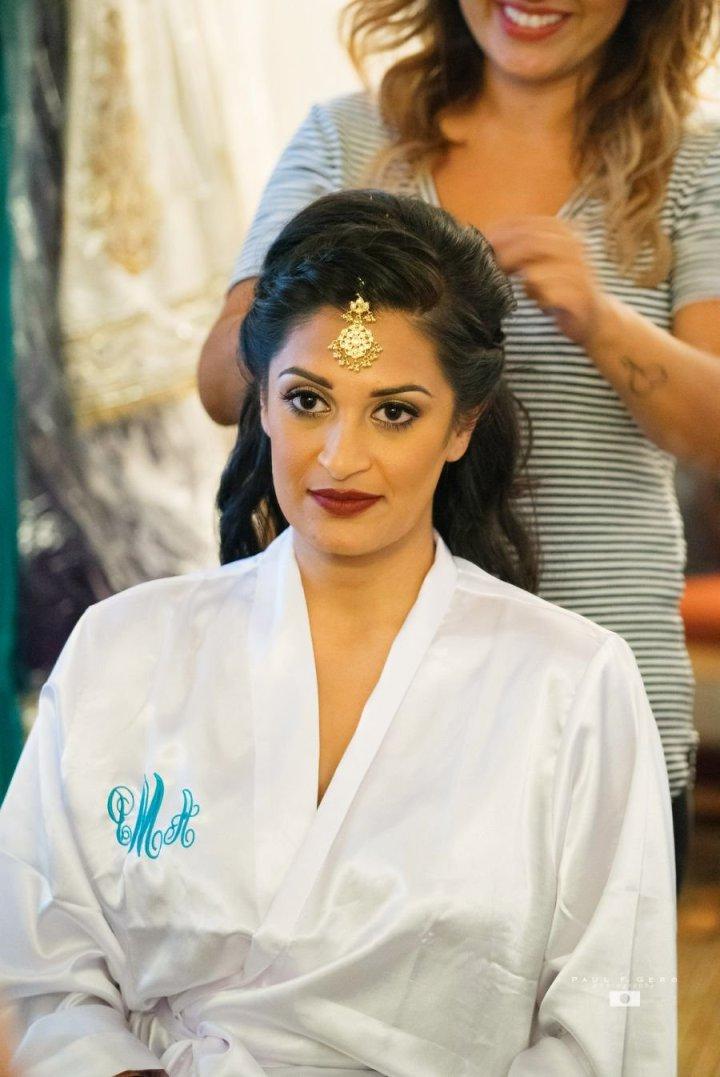 Indian-wedding-Avni-Taylor-Paul-Gero-photography-Hindu-ceremony-Gujarati-Dolled-Lulu-tikka-Indian-bride-dulhan-South-Asian-wedding