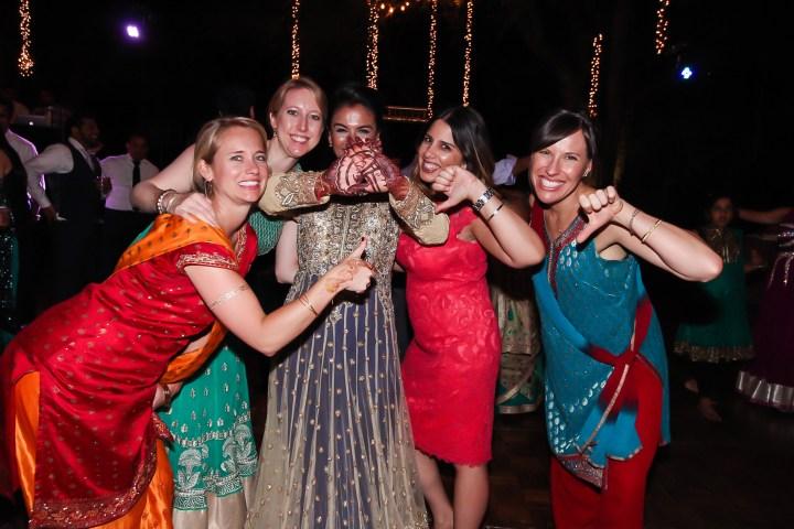 Rakhee-Amrish-gift-exchange-Indian-wedding-venue-photography-Greycard-Hindu-outdoor-dresses-bride-groom-vineyard-South-Asian-wedding-Trojans-USC-thumbs-up