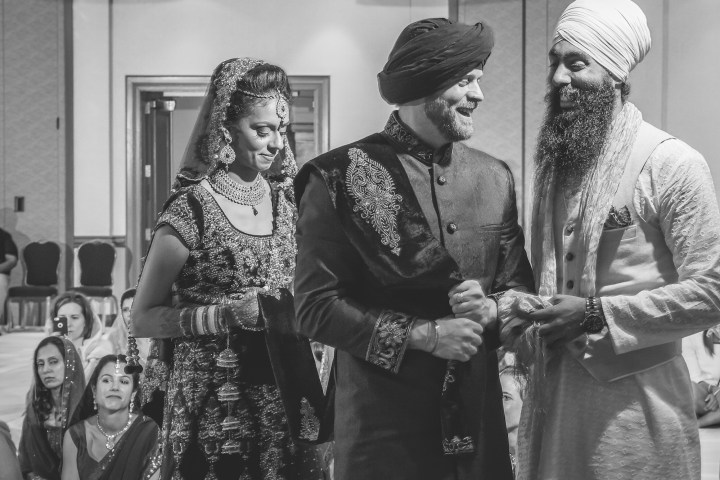 Canadian groom wearing a pagadi for his Sikh wedding ceremony.