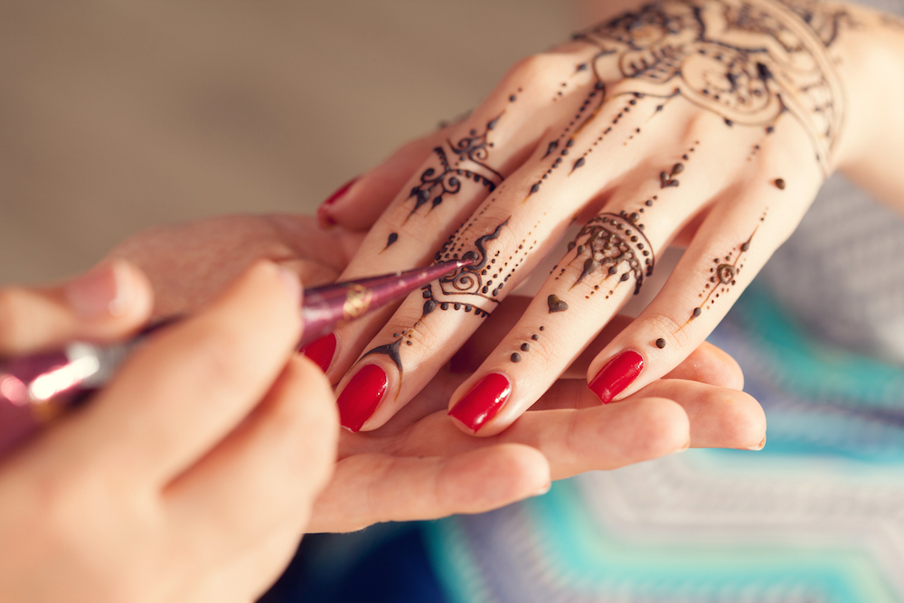 Find venues for Indian weddings, request quotes, personalized consultations.