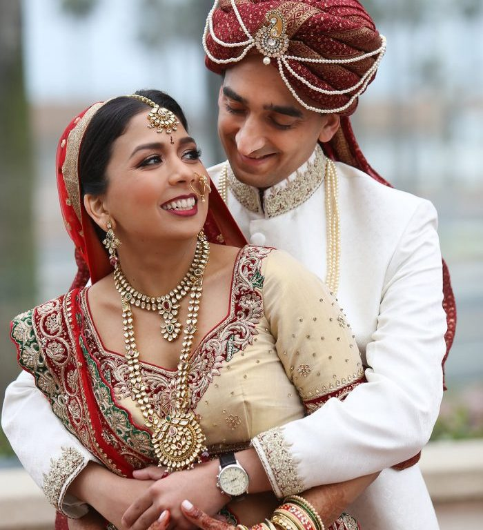 Beach Wedding Venues Washington State: Floating Mandap; Tejal + Yousouf's Wedding At Hilton