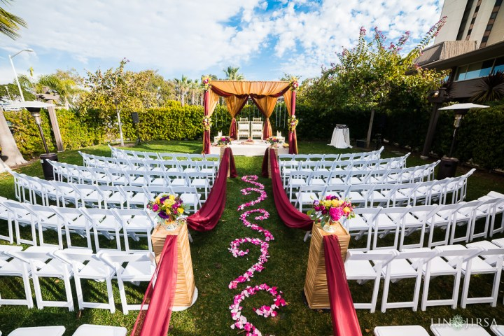 121-Indian-wedding-venue-South-Asian-Mandap-lehenga-baraat-ceremony-2