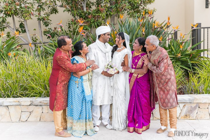 both-sets-of-parents-indian-wedding-randery