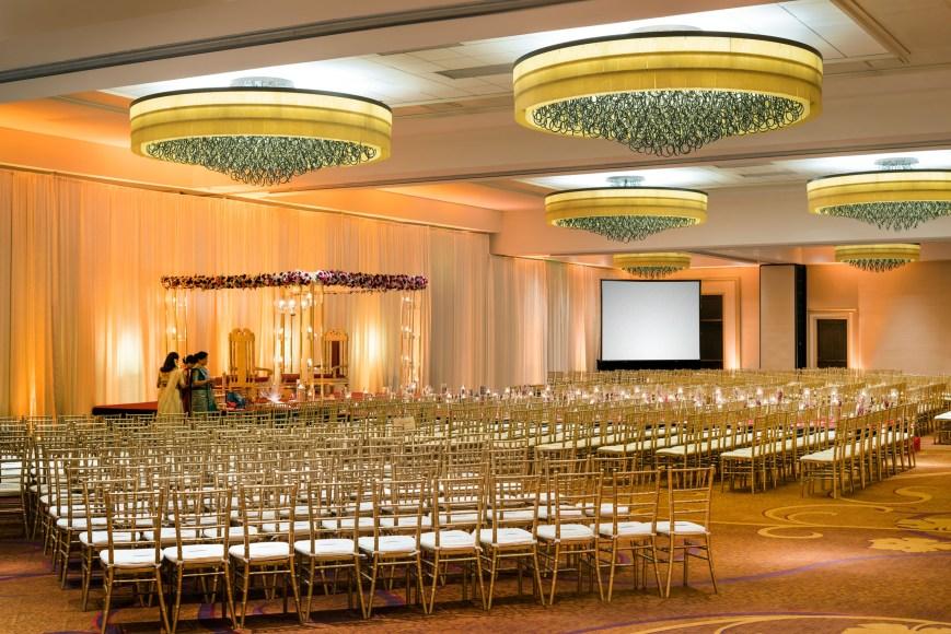 2-San-Ramon-Marriott-Indian-Wedding-Venue-OAKSR_Ballroom_Indian_Wedding_6131_2500PX