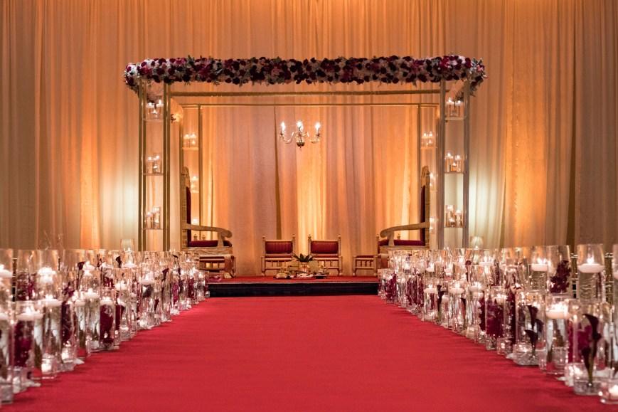 5-San-Ramon-Marriott-Indian-Wedding-VenueOAKSR_Wedding_Stage_6193_2500PX