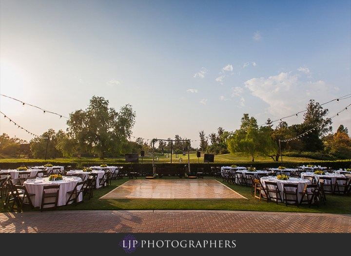 An outdoor wedding reception at the Oak Creek Golf Club in Irvine.
