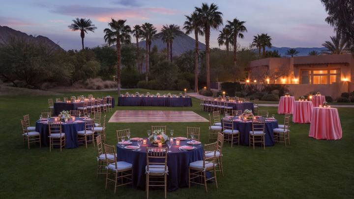 The Celebrity Lawn, ceremony venue at the Hyatt Regency Indian Wells is a fantastic venue for an Indian wedding in Palm Springs.