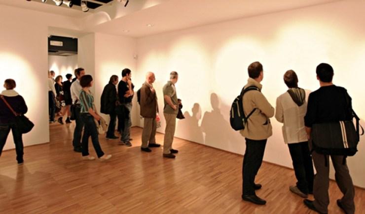 Invisible art Lana Newstrom CBC hoax art, 5 awkward moments in art world in 2014