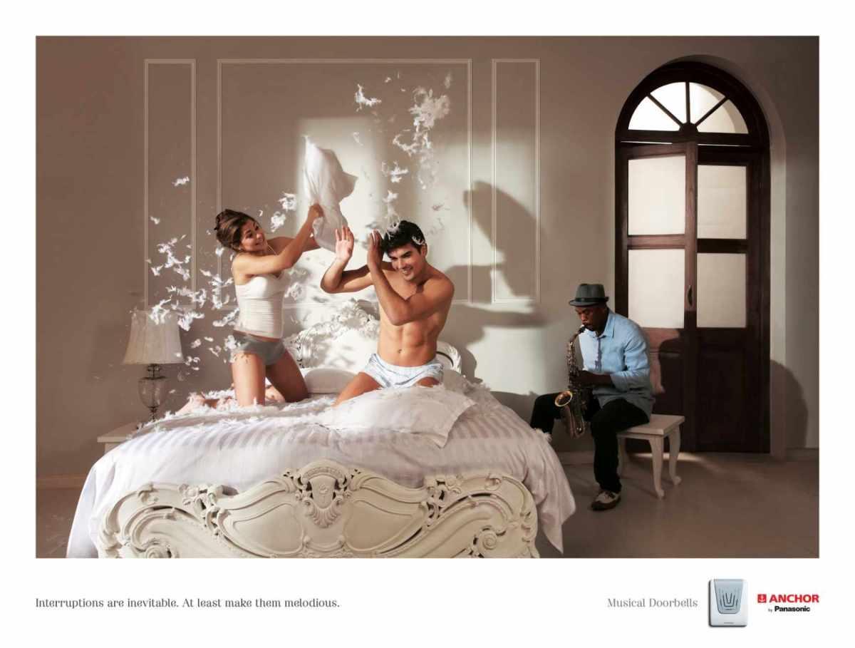 interruptions_pillow_fight_aotw