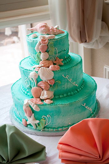 sea foam green sea shell beach wedding cake