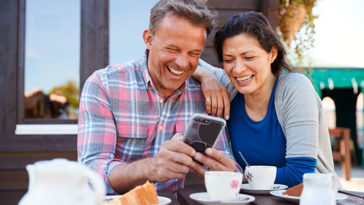 Mom and Dad love looking back at old photos of the family. Give them more to love by making more memories with them this father's day.