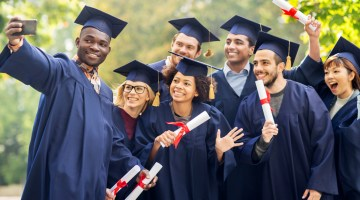 Featured Image: 6 Practical Graduation Gifts for Any Student