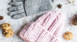 Cute beanie and gray gloves