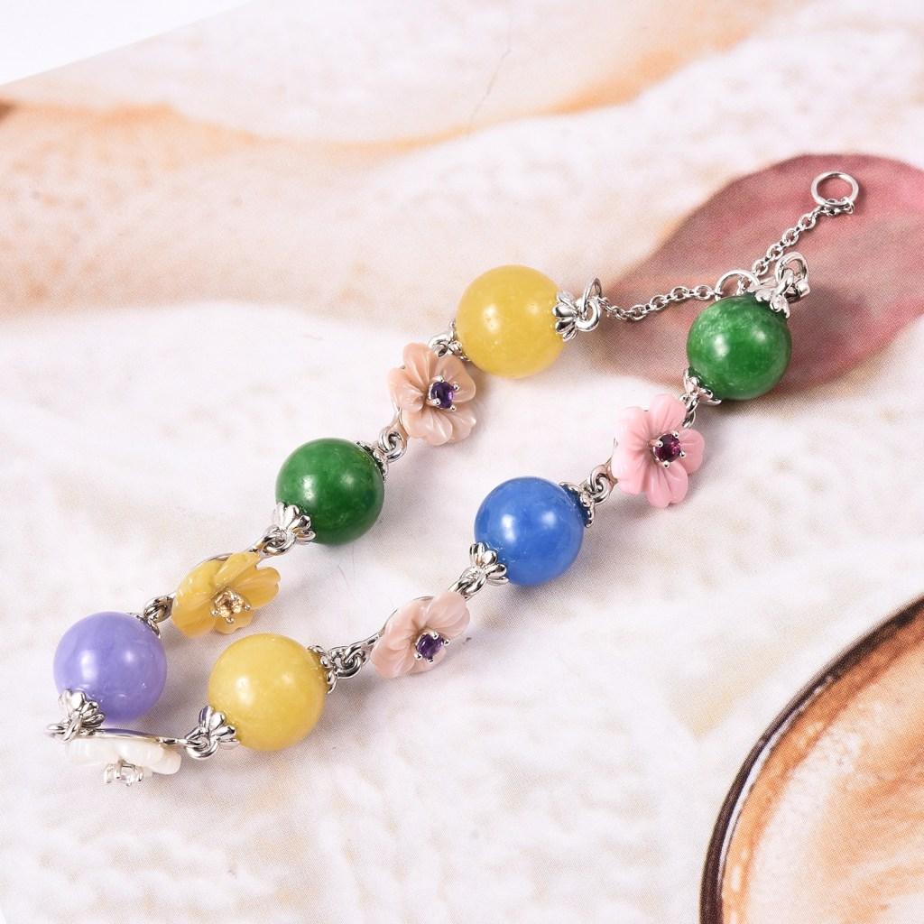 Jardin Collection jade bracelet in sterling silver.