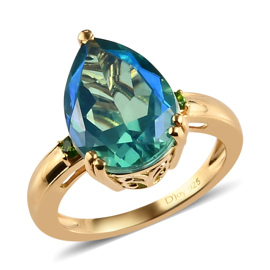 Pear shaped Peacock Quartz ring in yellow gold.