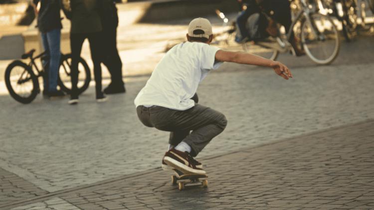 ¡Rider! Hazte con el calzado y la ropa para la práctica del skate, surf o snow.