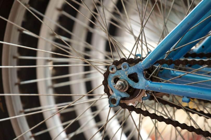 rueda bicicleta reparación