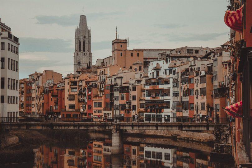 Río Onyar, Girona. Semana Santa con niños en Girona.