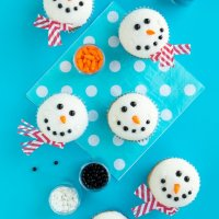 Melting Snowman Cupcakes Tutorial & Ideas