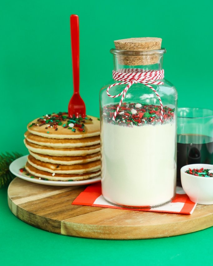 lumberjack pancakes on white place with pancake mix in jar as gift idea