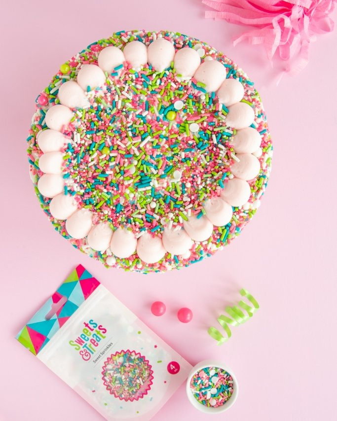How many sprinkles do I need to cover a cake?