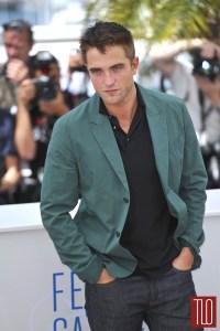 Robert-Pattinson-The-Rover-Photo-Call-Cannes-Tom-Lorenzo-Site-TLO-1