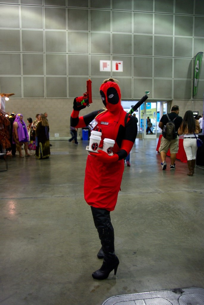 lady_deadpool_comikaze_cosplay