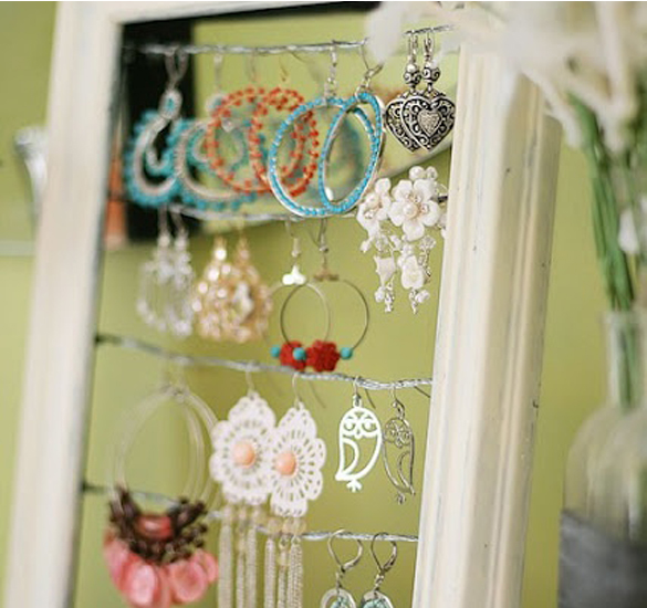 Jewelry-in-a-photo-frame