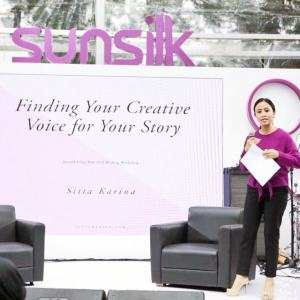 blog sittakarina - Asah Gaya Bercerita di Sunsilk Kilau Fest 2016 Writing Workshop 4