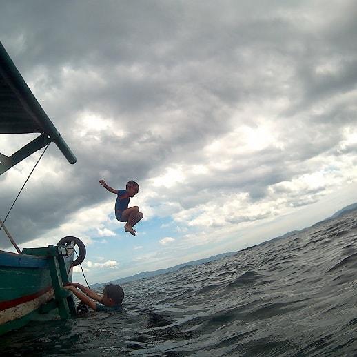 blog sittakarina - Serunya Ajak Anak Snorkeling di Pulau Pahawang (10)