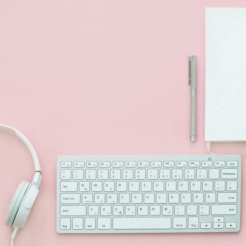 Blog Sittakarina - 4 Cara Menulis Novel yang Mudah Bagi Penulis Pemula