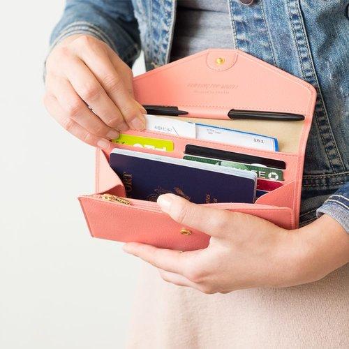 blog sitta karina - perlukah membuat kartu kredit