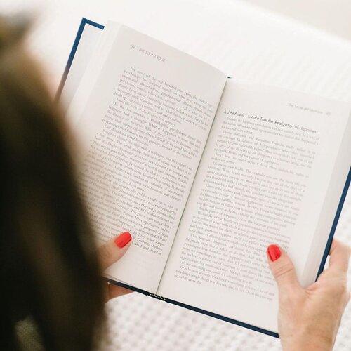 blog sitta karina - cara menulis novel yang baik