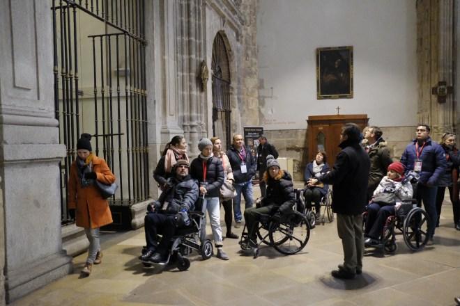 La mayoría del grupo en la Catedral.