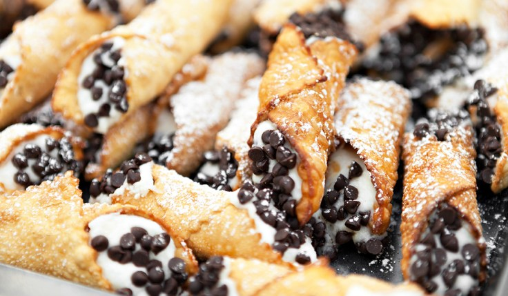 Chocolate chip cannolis