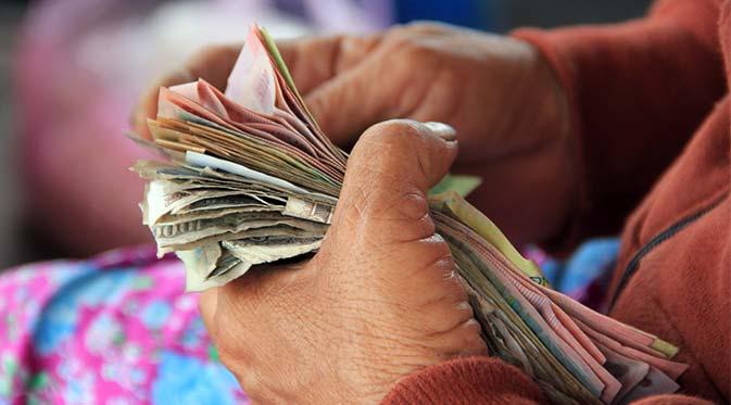 Tantangan-Industri-Keuangan-Peningkatan-Literasi-Keuangan-Masyarakat