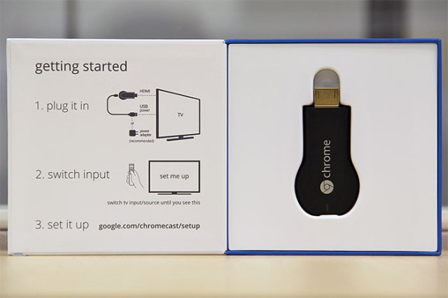 Chromecast-box-opened