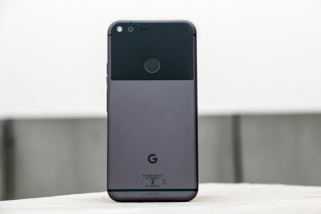 google-pixel-xl-with-google-assistant-9