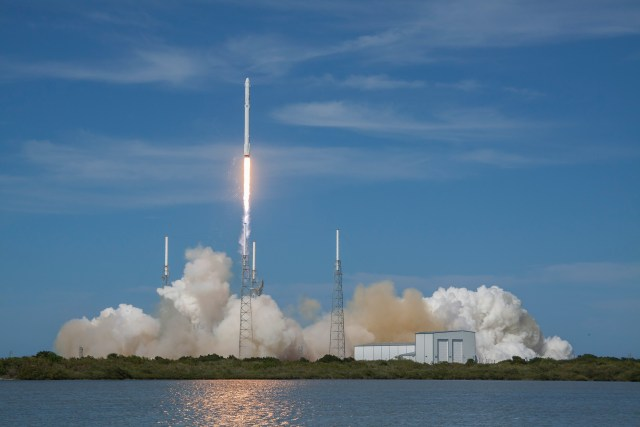 SpaceX-falcon9-relaunch