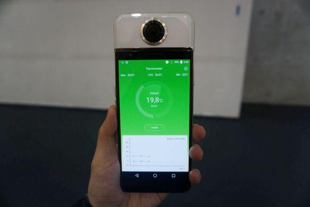 VR Camera in a phone